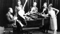 Louis Armstrong and His Hot Five – Hotter Than That (1927)